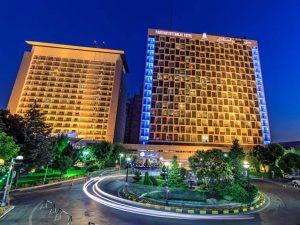 eekfkjhvntg35hnogi45hoiyg45hyoivth45vtiuh 300x225 هتل های لاکچری در تهران