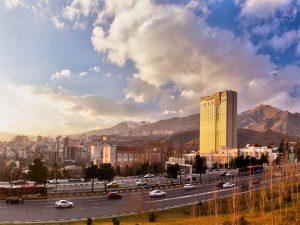 ertvnj3oth45oyh 4i5nyonh54liyhe5ibthle5tje5lith35itj 300x225 هتل های لاکچری در تهران